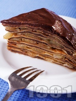 Палачинкова торта с ябълки и шоколадов крем с нишесте - снимка на рецептата